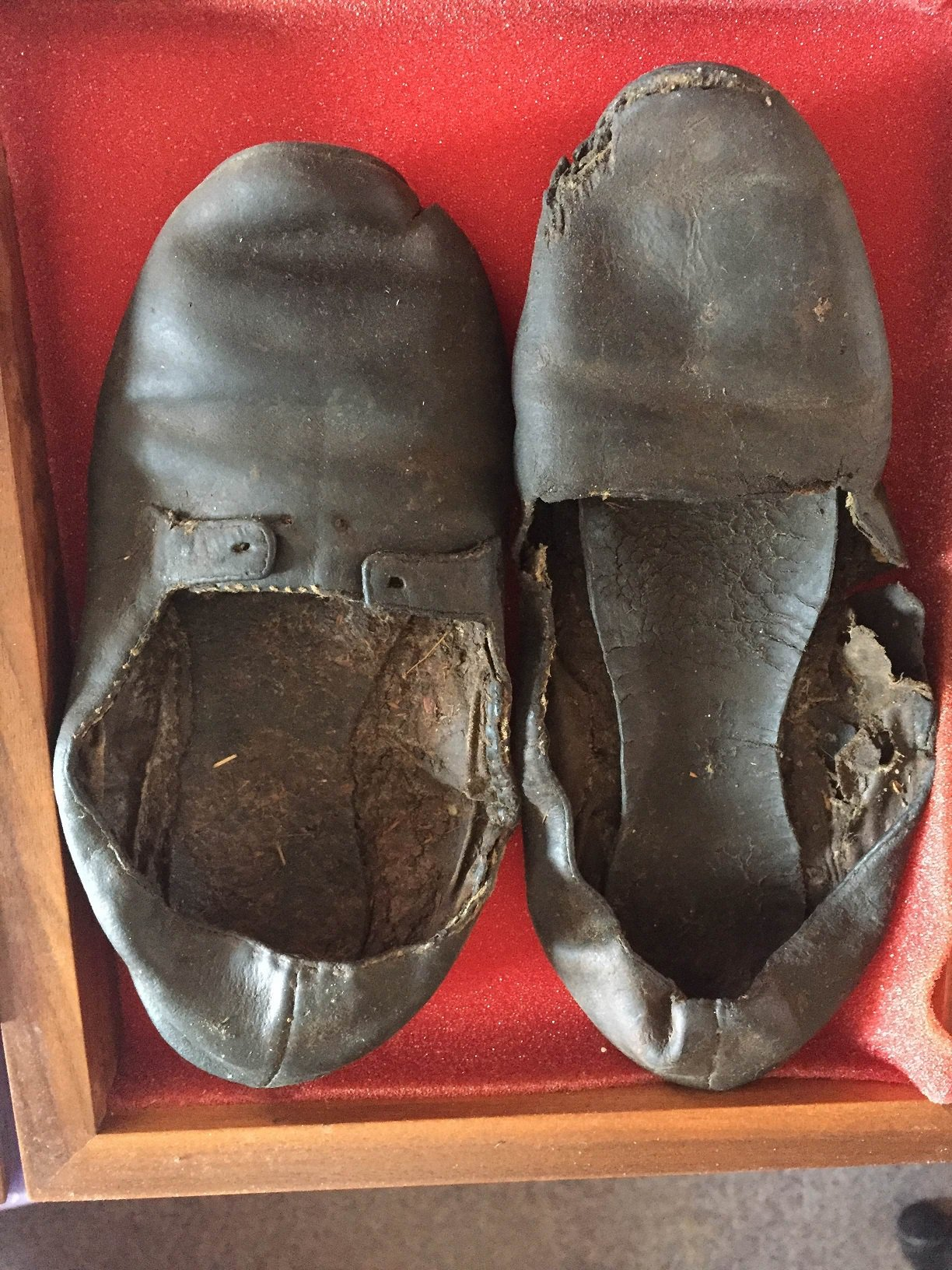 Shoes_from_Negley_Log_House